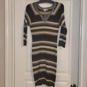 Stripped dress great for fall